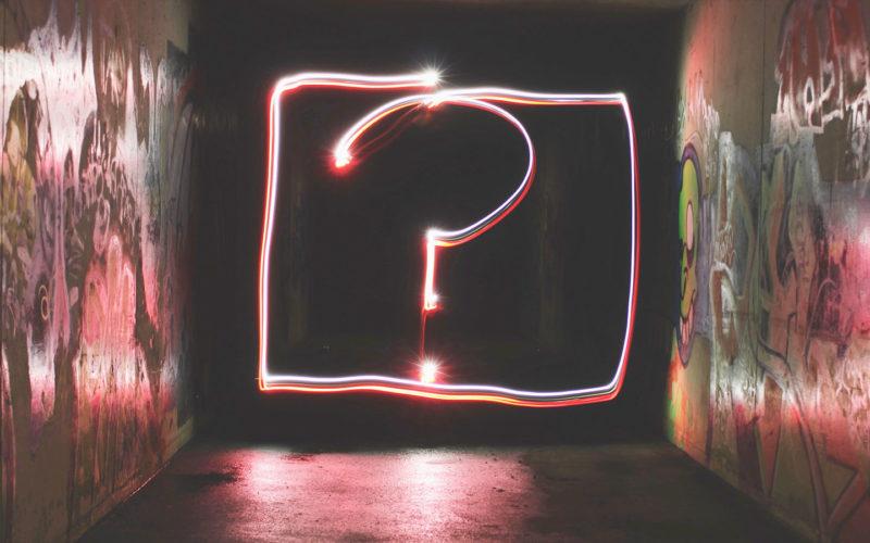 Σε αυτό το επεισόδιο μιλάμε για τη δύναμη των ερωτήσεων, το πώς αυτές μπορούν να σε βοηθήσουν να πετύχεις τους στόχους σου, και για τις τρελές ερωτήσεις.